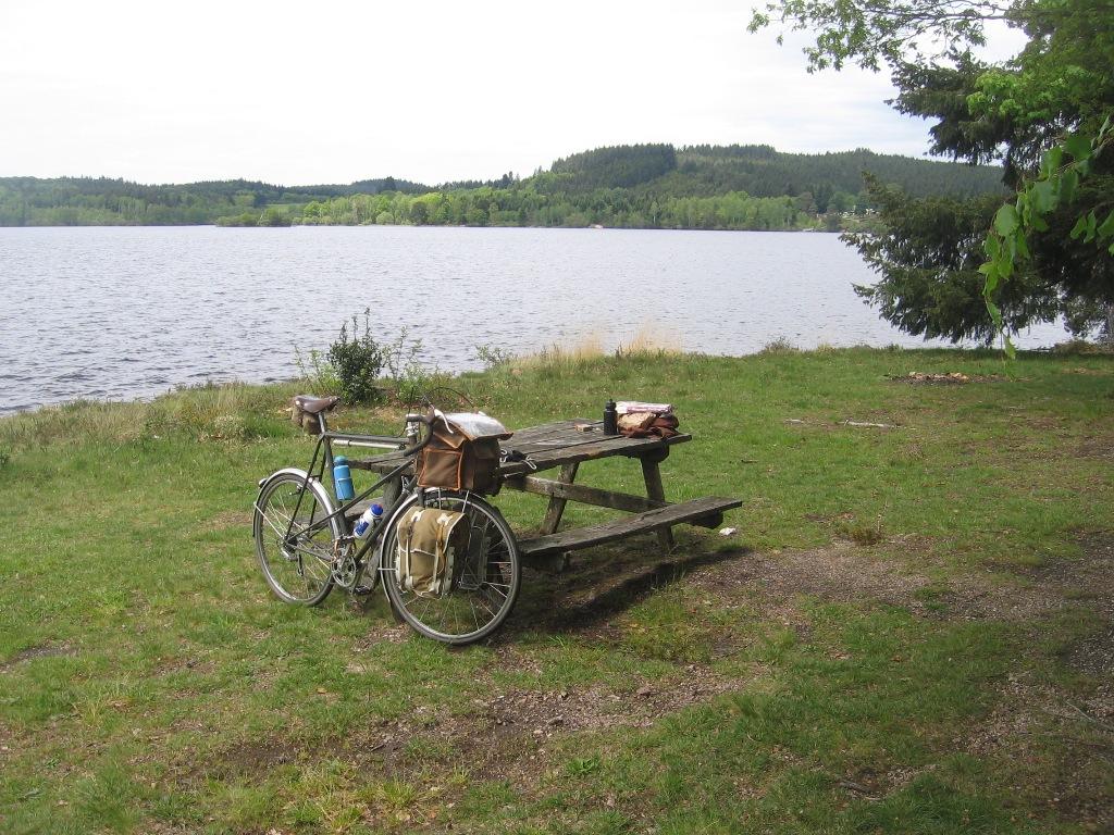 """sortie vintage en vélos PEUGEOT Course """" circuit raymond POULIDOR"""" Mai 2021  Img-1510"""