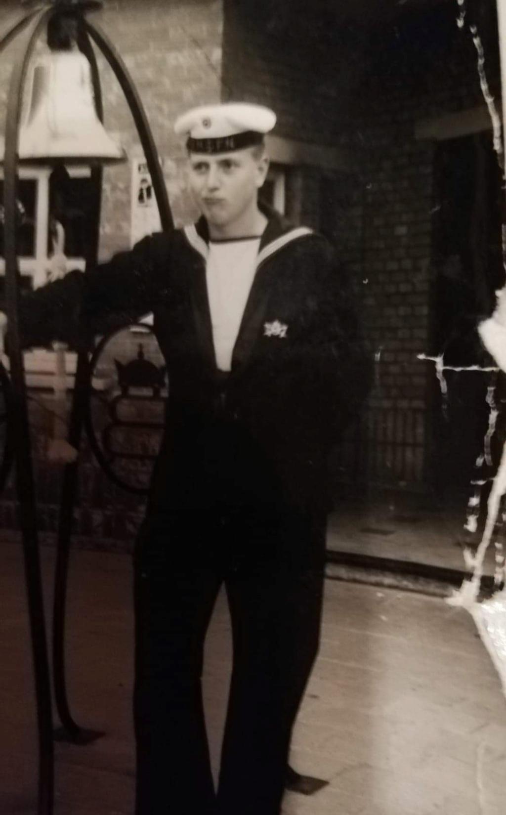 Anciens marins du Kamina 1964 - Page 2 Img_2014
