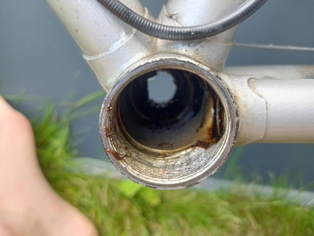 restauration d'un vélo peugeot à partir de deux vélos peugeot incomplets Img20225
