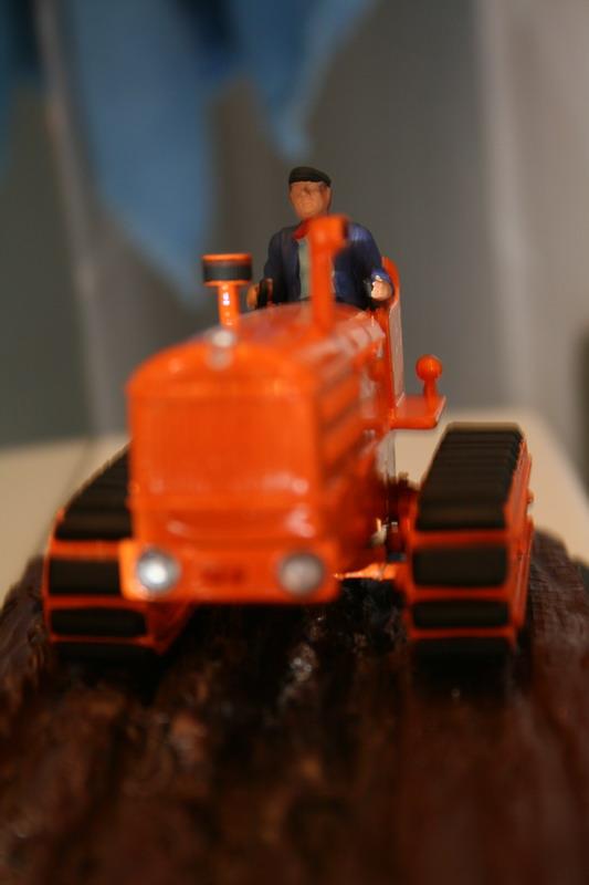 le tracteur LICORNE réalisé au 1/32ème par Gabriel - Page 3 0712