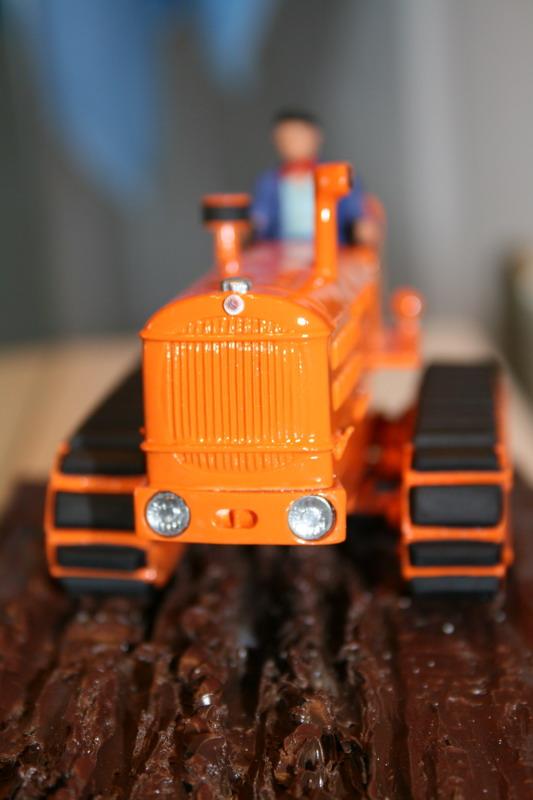 le tracteur LICORNE réalisé au 1/32ème par Gabriel - Page 3 0812