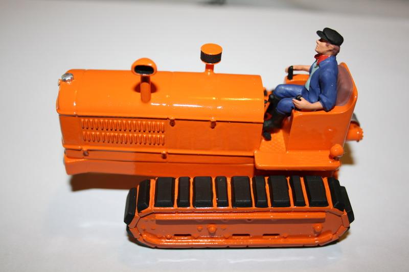 le tracteur LICORNE réalisé au 1/32ème par Gabriel - Page 3 1012