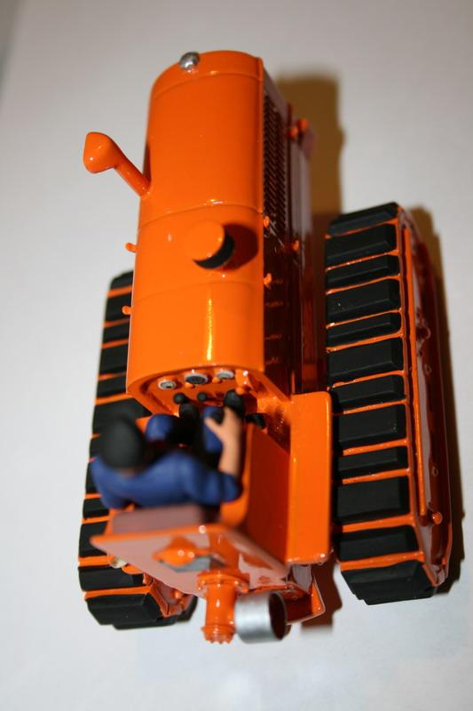 le tracteur LICORNE réalisé au 1/32ème par Gabriel - Page 3 1411