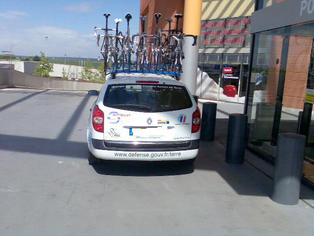 L'équipe de France cycliste de l'armée de Terre . Photo011
