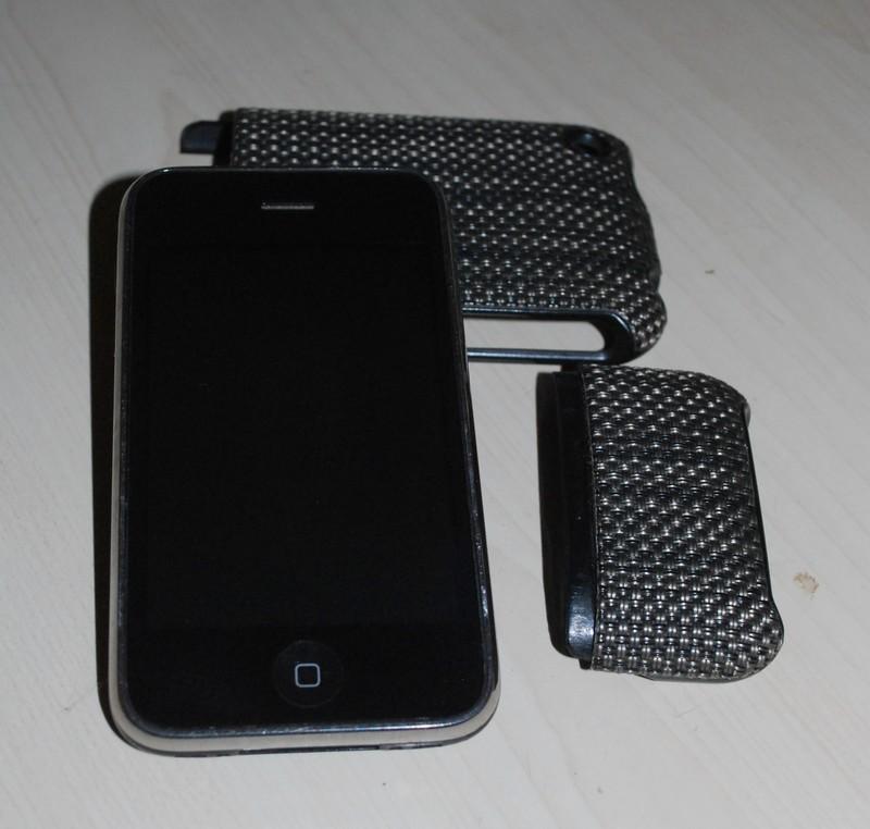 IPHONE 3GS - 32 gigas - Débloqué ts opérateurs Dsc_0473
