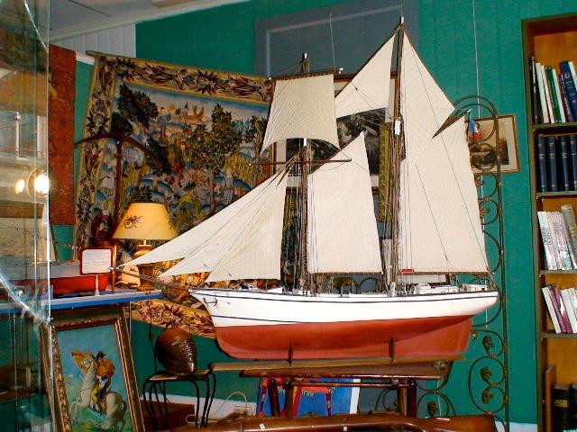 Maquette du thonier BICHE à vendre Maquet11