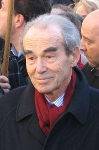 Robert Badinter Carre18
