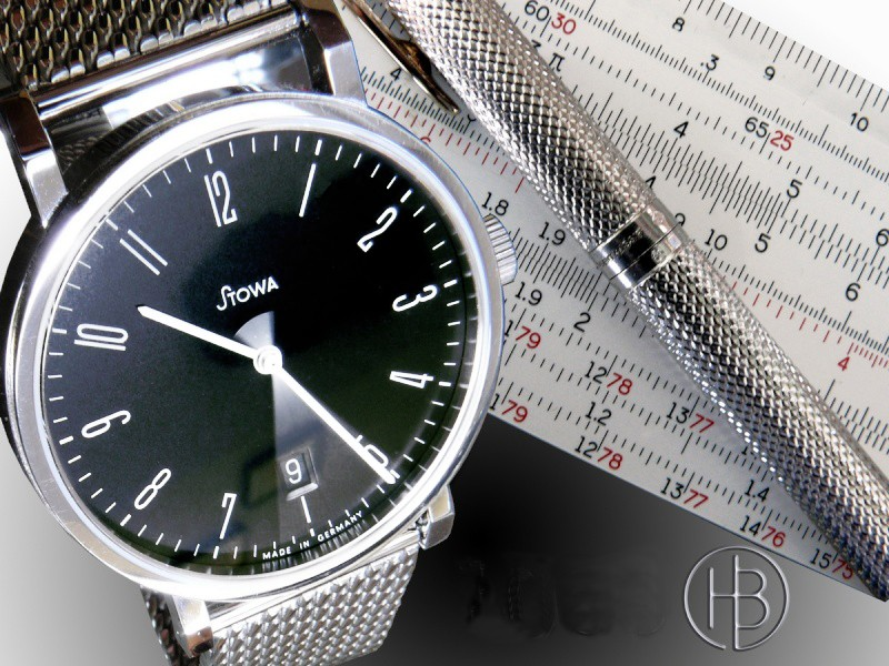 Existe-t'il une montre avec règle à calcul fine et simple? Antea-10