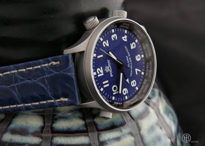 Feu de vos montres à cadran bleu clair Poljot10
