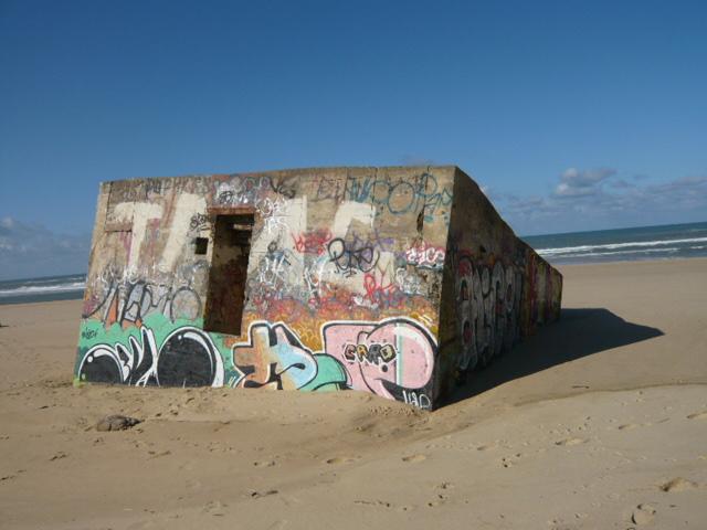 [Histoires et Histoire] Fortifications et ouvrages du mur de l'atlantique (Sujet unique) - Page 4 1-812