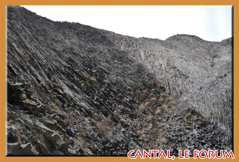 Les habitats préhistoriques de Cuze (Neussargues Moissac) Dsc_7517