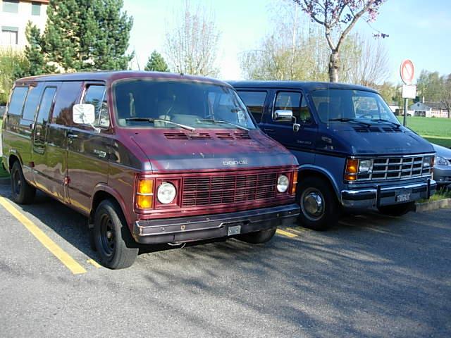 Dodge van 1980 Dodge_12
