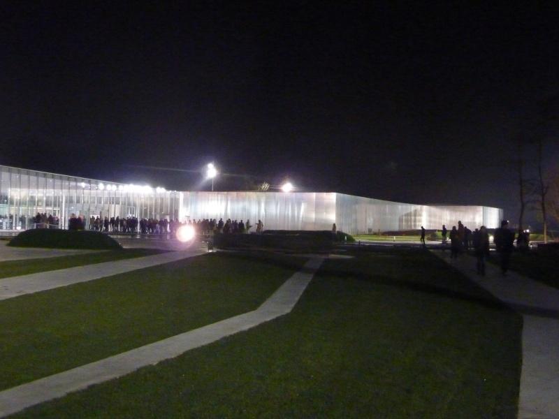 Musée Louvre-Lens - Page 2 P1050311