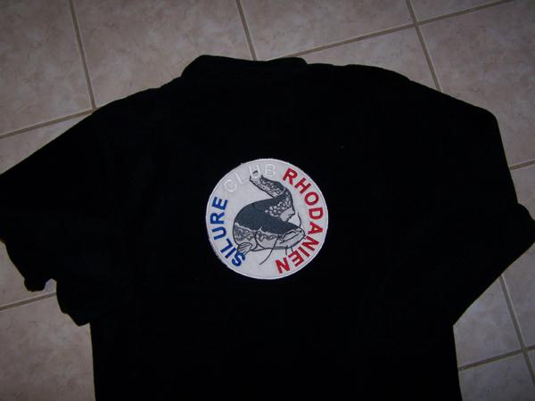 2008 = Vestes polaires brodées avec logo bleu blanc rouge  - Page 2 3_noir10
