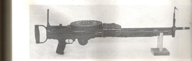 Un fusil mitrailleur Kiiz10