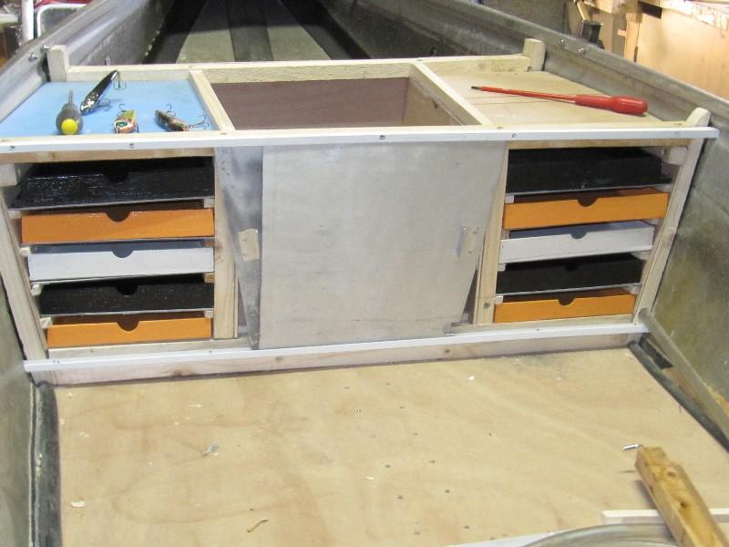 Rénovation, d'une EX barque pliante  Ranov112