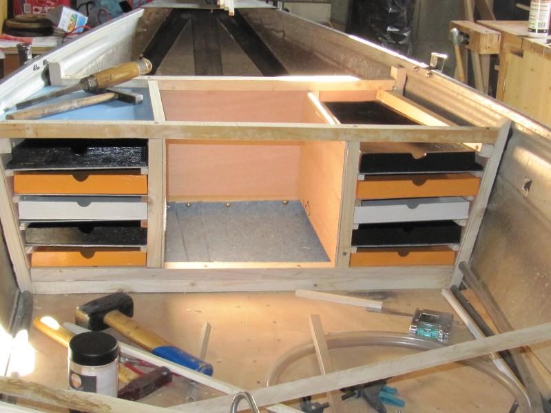 Rénovation, d'une EX barque pliante  Ranov122