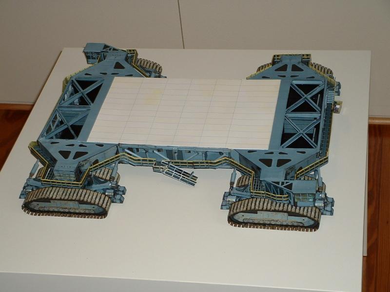 Maquette en papier : LUT & Saturn V - Page 5 Dscf0022