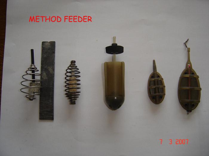 le feeder 310