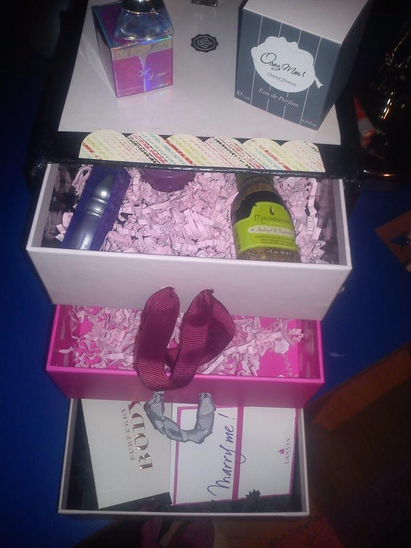 Vous faites quoi des boites de vos boxs ? - Page 2 Dsc00611