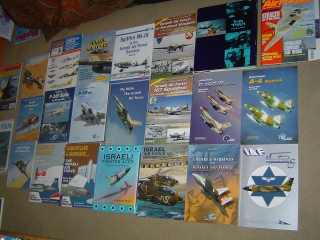 BIBLIO ISRAEL AIR FORCE / ISRAEL AIR FORCE BOOK LIBRARY Dsc09115