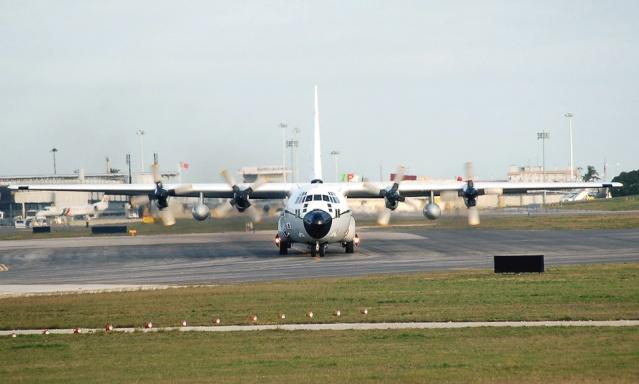 طائرة النقل سى-130 هرقل  CC-130 Hercules 2710