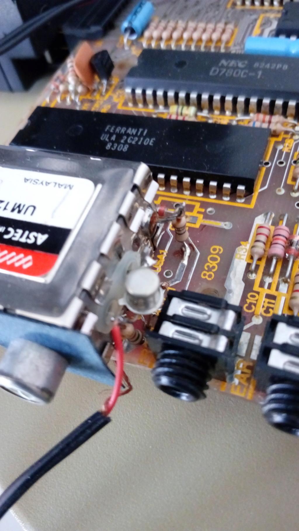 Transformer l UHF en Composite !!! Img_2052