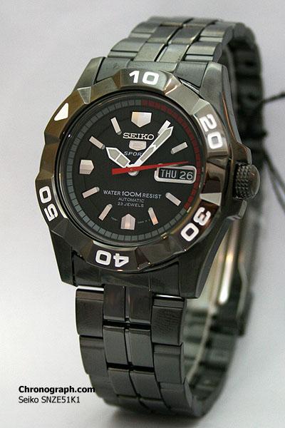 """En quête de conseils, bracelet """"acier"""" noir Snze5110"""