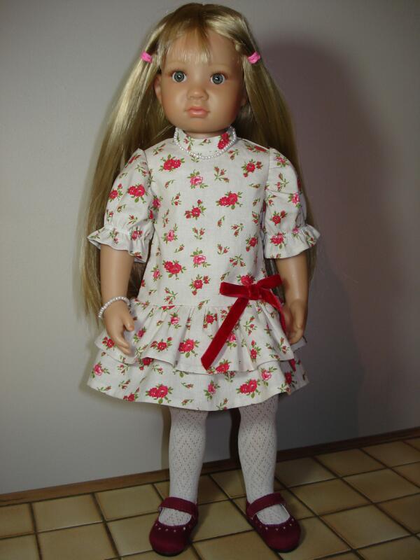 Petite robe à volants pour ma Heïdi Dsc07514