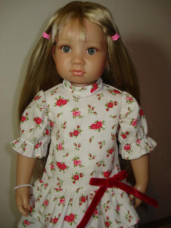 Petite robe à volants pour ma Heïdi Dsc07516