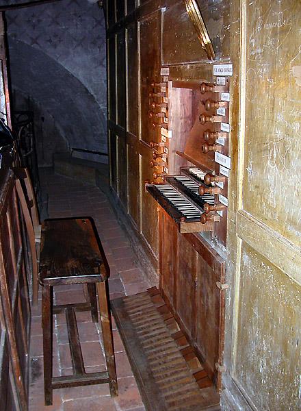 Choisir un premier orgue liturgique - Page 2 Verdun10
