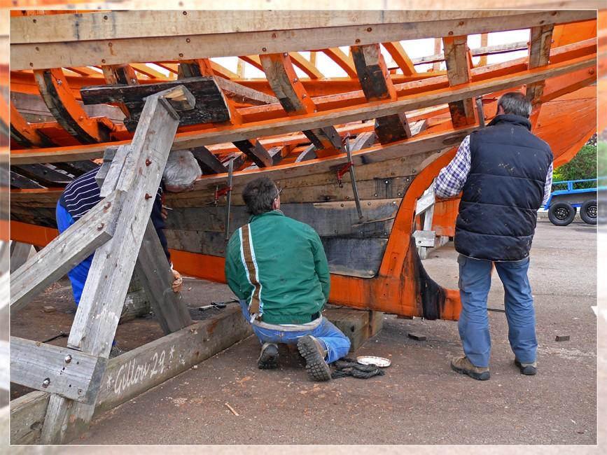 RESTAURATION D'UN COTRE PILOTE A FECAMP...( 3 suite ... ) P1020215