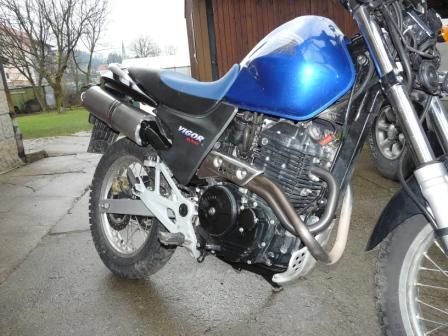 MOTOGALERIA NASICH FMX650 A PODOBNYCH MOTO. Dino210