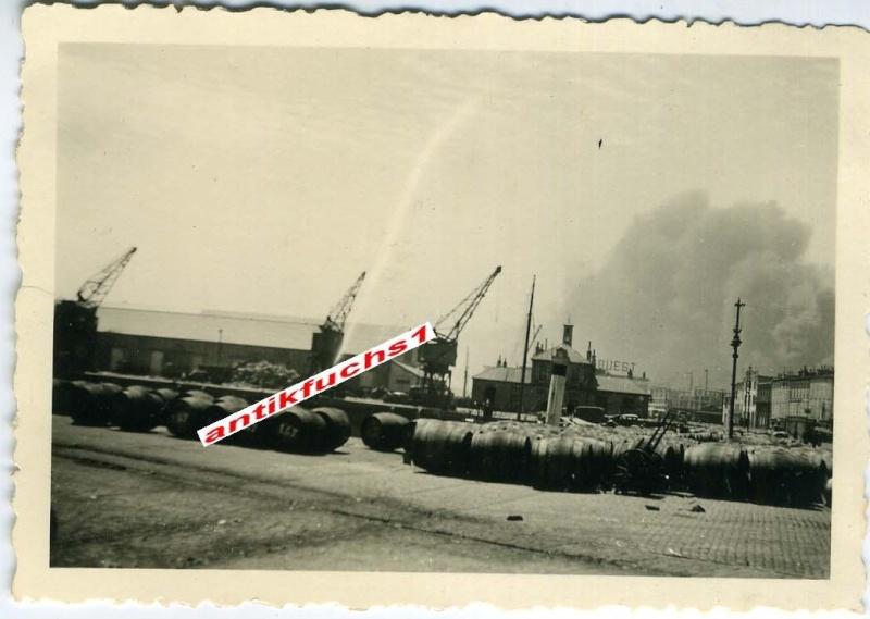 Juin 1940 à Brest... - Page 2 Brest_22