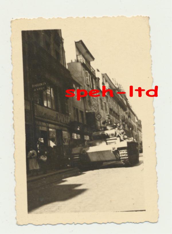 Juin 1940 à Brest... - Page 2 Panzer16