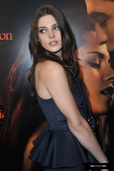Ashley Greene 13002815