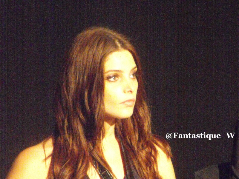 Ashley Greene Ev2410