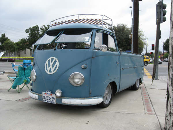 Trip to L.A. and Bug In by GhiaStef63 Donuts11
