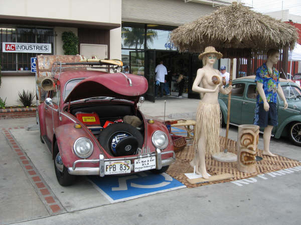 Trip to L.A. and Bug In by GhiaStef63 Donuts14
