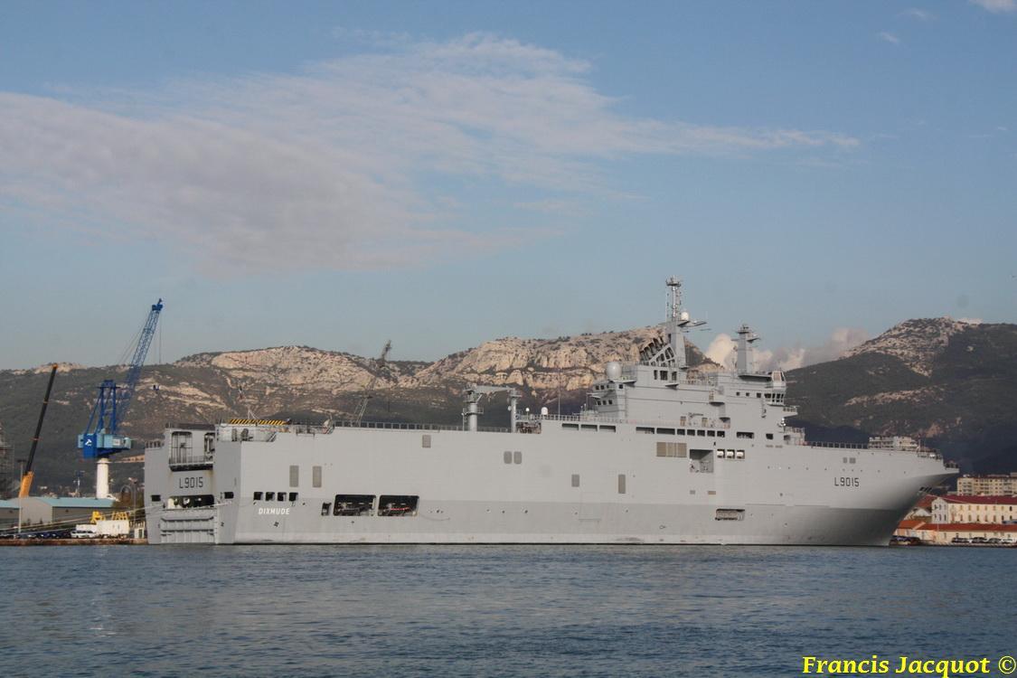 [LES PORTS MILITAIRES DE MÉTROPOLE] Mouvements de Bâtiments dans la rade de Toulon 0245