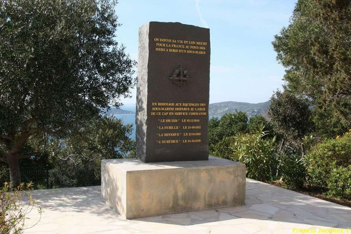 [Histoires et Histoire] Monuments aux morts originaux Français Tome 1 - Page 2 Img_5210