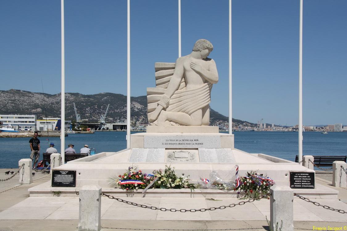 [Histoires et Histoire] Monuments aux morts originaux Français Tome 1 - Page 4 Img_7711