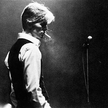 David Bowie - Page 4 Davidb10