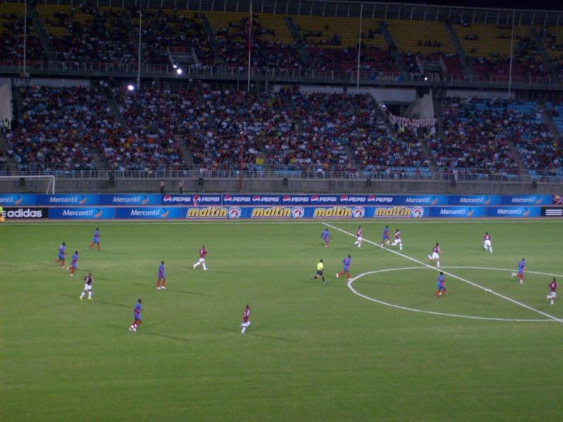 Puerto la Cruz | Estadio José Antonio Anzoátegui | 36.000 S6301310