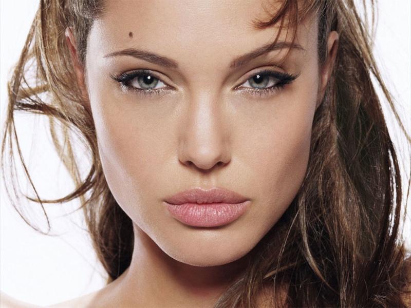 Top 10 de vos acteurs et actrices favoris Angeli10