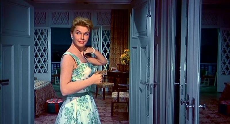 La mode dans le cinéma des années fifties.  - Page 2 Dddd10