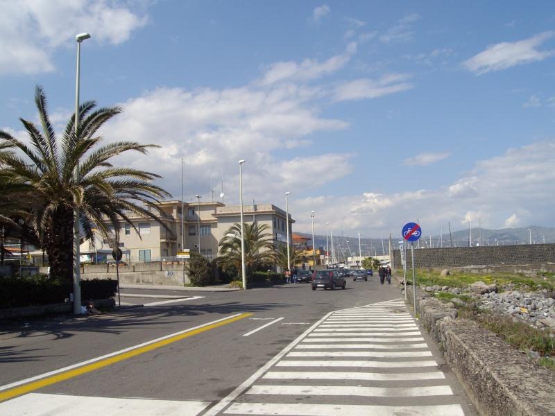 Porto turistico marina di riposto Imgp0413