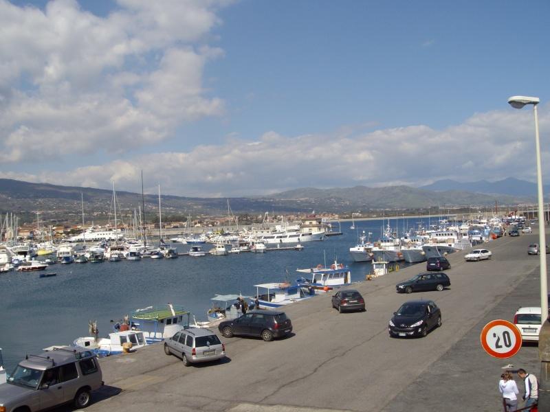 Porto turistico marina di riposto Imgp0415