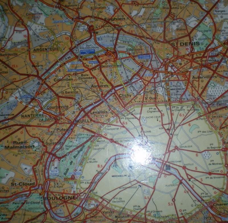 CASSIS-CARNOUX FAIT SCINTILLER PARIS............... Imgp2612