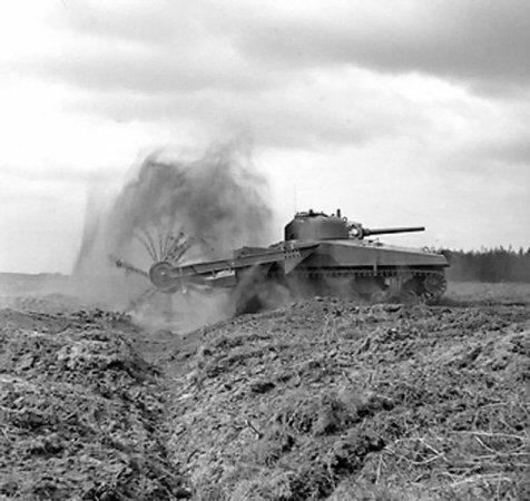 """Vehículos """"curiosos"""" de la SGM Tankcr10"""